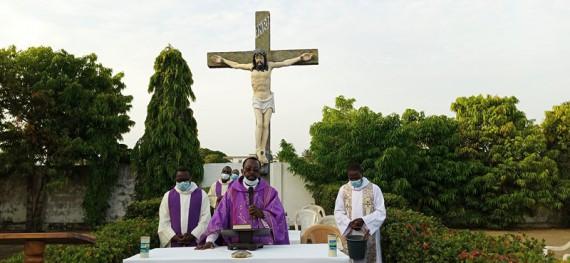 Messe au cimetière diocésain des prêtres